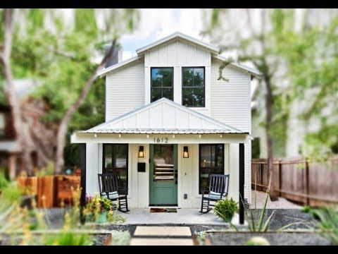 A Tiny Cottage Has Two Story Modern 565 Square Foot Small House Design House Plan Gallery Tiny House Exterior Cottage House Plans