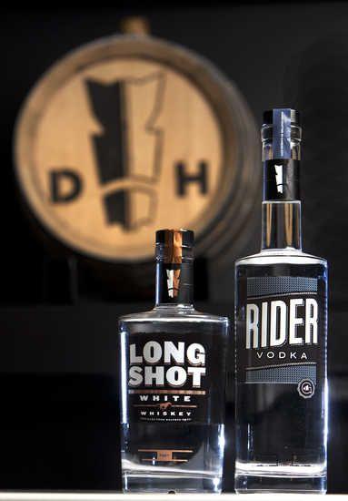 Dark Horse Distillery Kansas City, Missouri Zippertravel.com Digital Edition