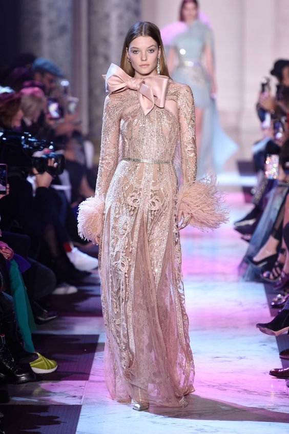 See all the looks from Elie Saabs Couture Spring 2018 collection