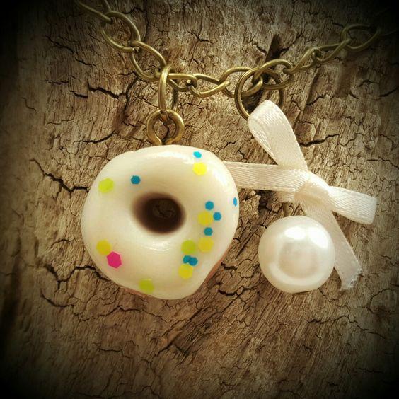 Nachtleuchtende Donutkette Das Weihnachtsgeschenk für Nachtschwärmer und Naschkatzen!