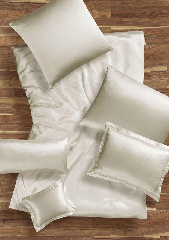 silk-bedware-autumn-2012-cellini-design-seidenbettwaesche-001 #Silk pillow case, bedsheet and duvet cover made in Germany by #Cellini Design. Custom sizes possible. #Seidenbettwäsche aus reiner #Seide von #Spinnhütte Cellini Design aus Deutschland.
