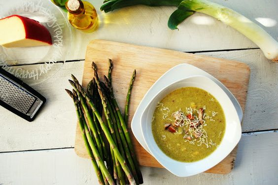 Creamy Asparagus Soup with Chicken Sausage