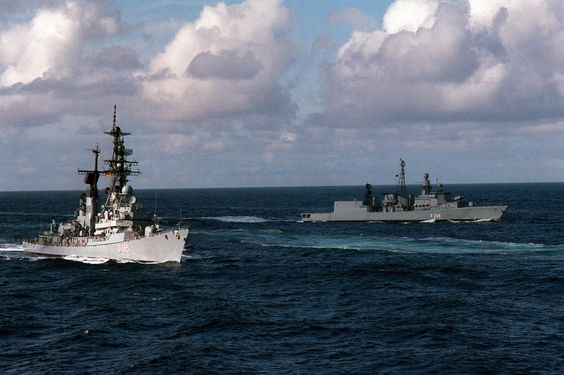 Moelders and FGS Niedersachsen in the background