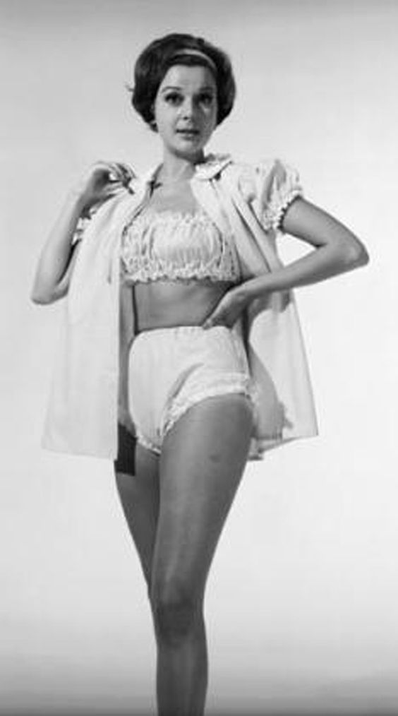 1960 lingerie pictures