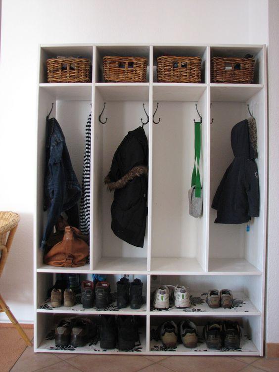coat racks diy locker and lockers on pinterest. Black Bedroom Furniture Sets. Home Design Ideas