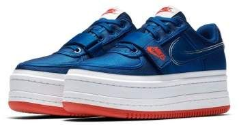 Nike Vandal 2K Sneaker (Women