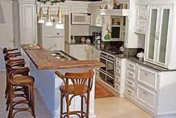 Resultado de imagem para balcões de madeira para cozinha americana