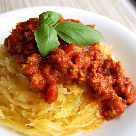 """How to Make """"Spaghetti"""" with Spaghetti Squash- this is a great way to eat a healthier, low carb version of spaghetti."""