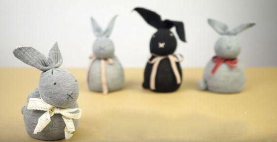 Conejo realizado con calcetín paso a paso