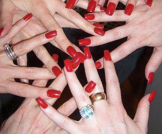 Unghie perfette: cura delle unghie e manicure fai da te fatta in casa