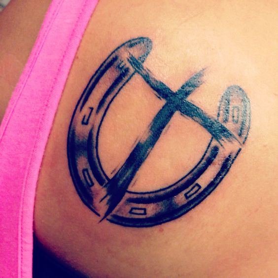 Horse shoe and cross :)