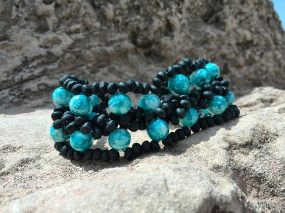 Turquoise and white colored bracelet of by Jewelrymadebynature, €36.00