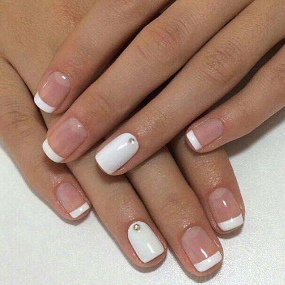 40 Elegante Look De Novia De Uñas De Arte Ideas Bridal Nail Art Bridal Nails Nail Art Wedding