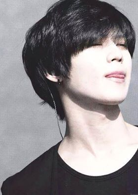 Why does Taemin's natural hair color look so unnatural on ...