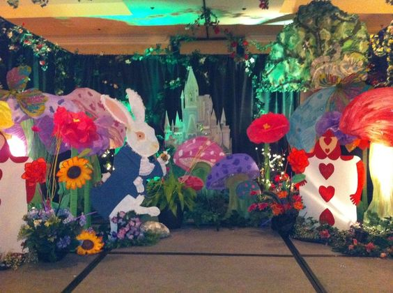 Pinterest the world s catalog of ideas for Alice in wonderland party decoration ideas
