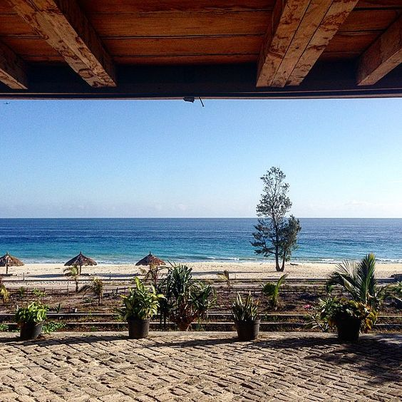 Mario hotel, one of the few places near Tambolaka airport to stay on the beach