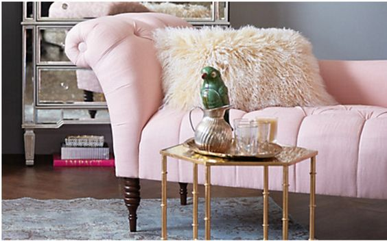 Beautiful pink tufted chaise