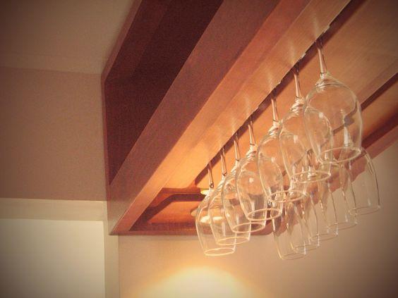 Mueble colgante repisas y copero mini bar pinterest for Fabrica de bares de madera