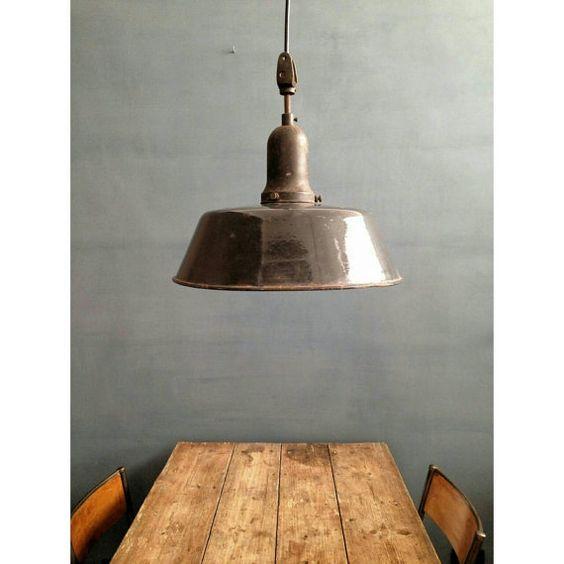 Lampada smaltata Industriale a sospensione, italiana | Old Italian Factory Lamp, Industrial Lamp, 1940s