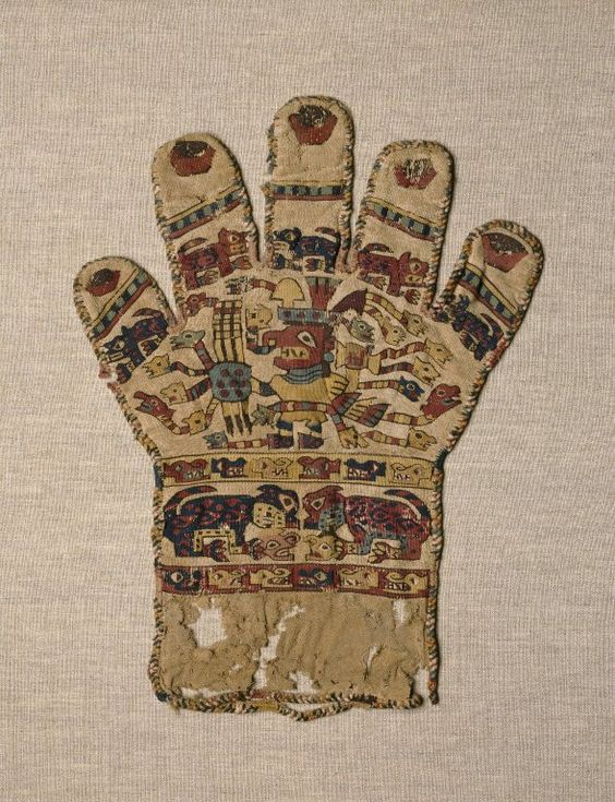 Tlatollotl — Decorated Glove Peru. Wari. 650-800 AD