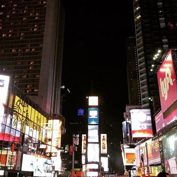 #NYC #TimesSquare Midtown Night by shrinipedia