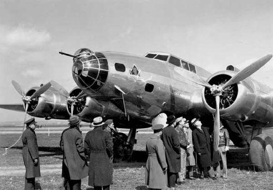 Early model B-17