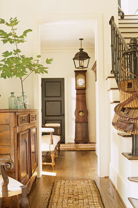 49 Amazing Foyers That Will Wow Your Guests In 2020 Foyer Design
