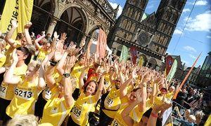 Groupon-Gutschein - Startplatz inkl. T-Shirt und Zeitmesser für den Deutsche Post Ladies Run in verschiedenen Städten (41% sparen). Groupon-Deal-Preis: 12,90€