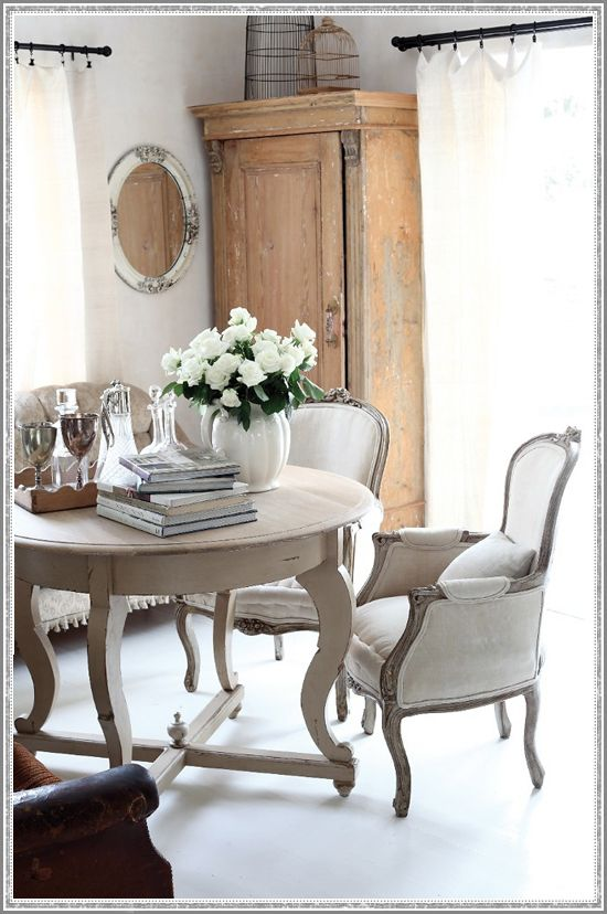 Get the Look: South Africa Serenity #Dining #Interior #Neutral