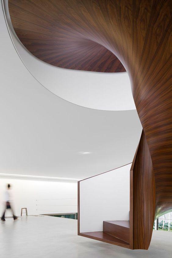 Isay Weinfeld's Casa Cubo in São Paulo, Brazil (https://www.pinterest.com/AnkAdesign/a-stairway-to-heaven/)