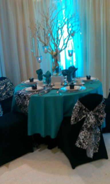 Table idea from the wedding expo: