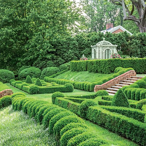 Trim & Tidy Virginia Boxwood Garden - Southern Living: