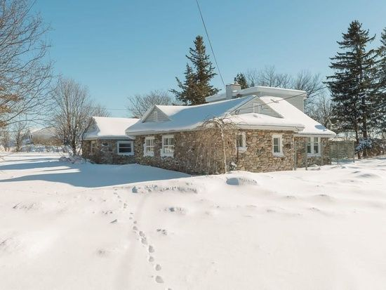 23152 Spring Valley Dr Watertown Ny 13601 In 2020 Stone House Spring Valley Zillow