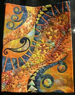 Quilted Artistry: In the Spotlight wins Honorable Mention at the Empire Quilter's Show!!