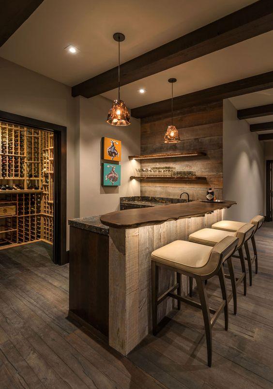 Angolo bar realizzato in stile rustico n.10