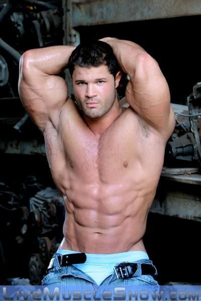 See the muscle and you can tell how hard he fucks his wife 6