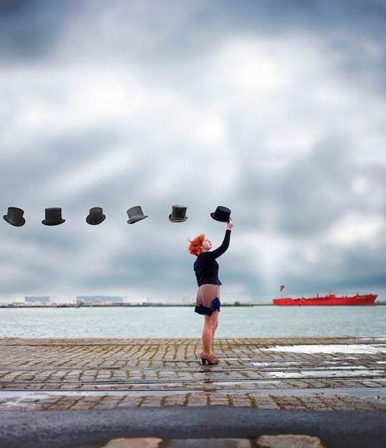 Une sélection de photographies surréalistes issues du portfolio deVincent Bourilhon, un jeune photographe français originaire de Normandie.