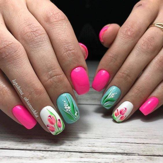 Modne Paznokcie W Kwiaty Top 21 Niesamowitych Inspiracji Na Kwiatowy Manicure Tulip Nails Pretty Nail Art Designs Nail Art Designs