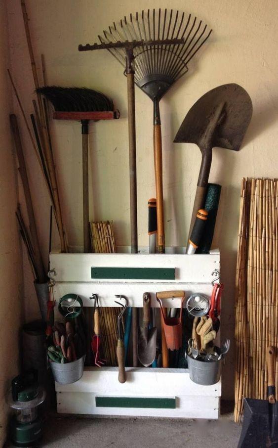27+ Range outils de jardin fait maison ideas