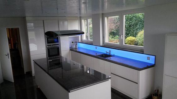 Küchenrückwand, homogen hinterleuchtetes Glas mit LED   LED ...