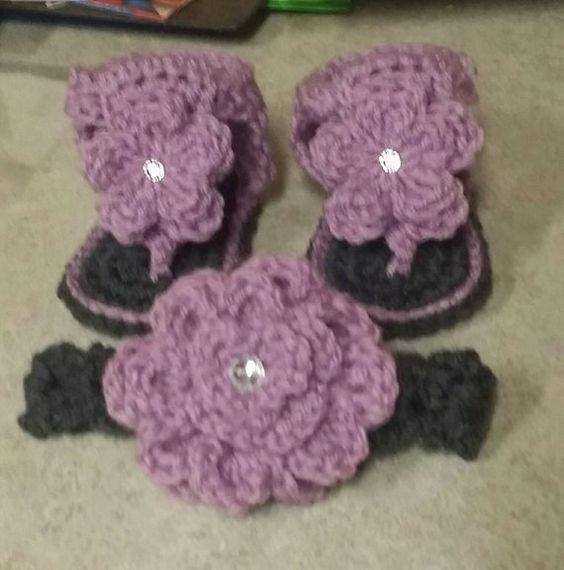 Crochet baby sandals with matching headband por Marisalet en Etsy