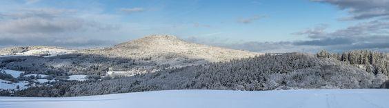 Der Aremberg in der verschneiten Eifel http://fc-foto.de/35495408