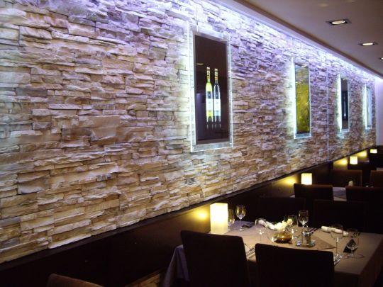 Primär: Lichteffekte Quelle: Steinwand Stelzer | Moderne Verblendsteine | |  Wohnzimmer | Pinterest | Verblendsteine, Lichteffekte Und Steinwand