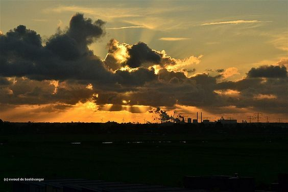 same place ,same sun , Another day  by ewoud de beeldvanger, via Flickr