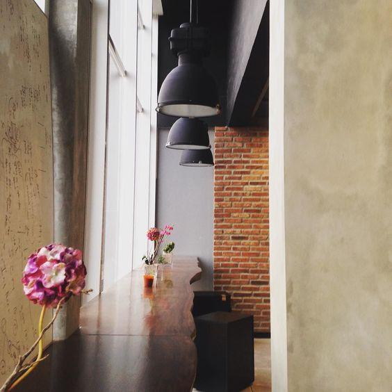 #new #office #instapic#idinstagram #instaphoto #iphonesia #interiordesign #rustic #design #instadesign #potd by sasyavb