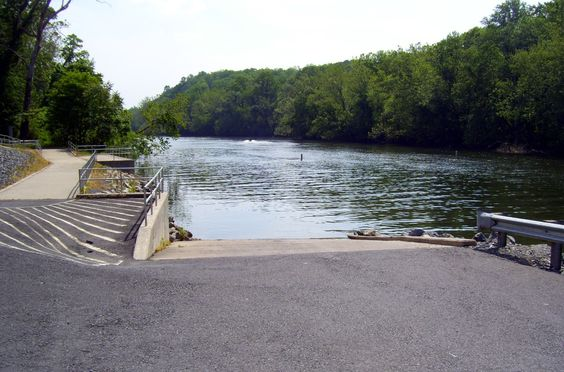 Route 33 pa fish and boat launch on the lehigh river for Pa fish and boat