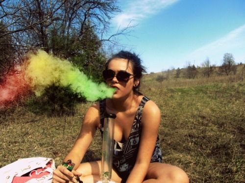 i don't smoke but if there's such this as rainbow weed, then im'ma smoke weed err'day and get high!