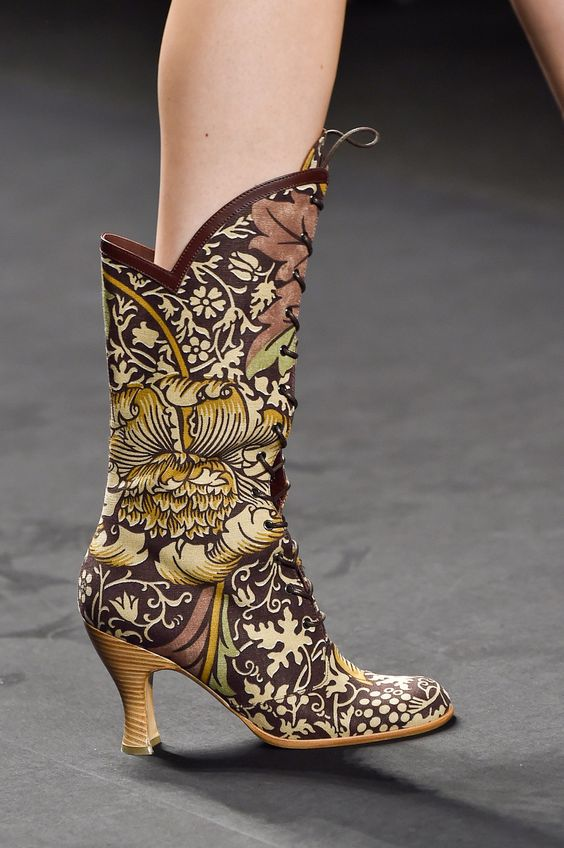 Anna Sui at New York Spring 2015 (Details)