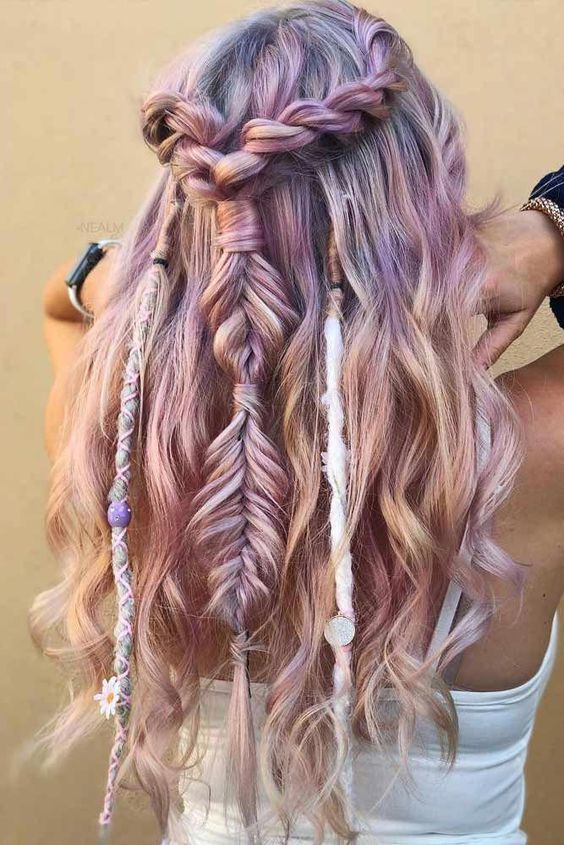 25 Best Festival Hair Ideas You Need To Try This Summer In 2020 Half Up Hair Hair Styles Bohemian Hairstyles