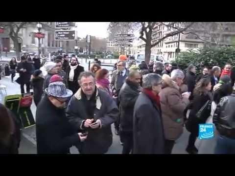 TV BREAKING NEWS Manifestation devant l'ambassade de Tunisie à Paris - http://tvnews.me/manifestation-devant-lambassade-de-tunisie-a-paris/